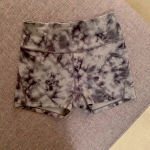 Pants - NWOT Tie dye High waisted shorts